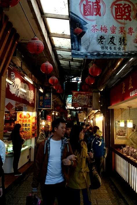 The narrow walkway in Jiufen