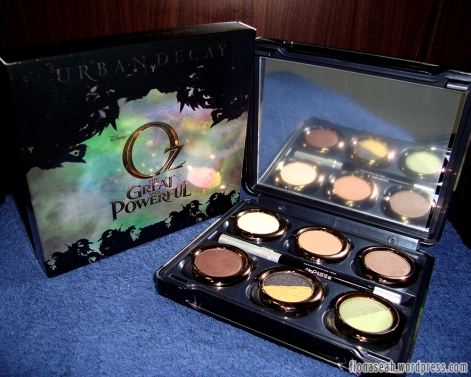 Urban Decay Oz The Great & Powerful Theodora Palette