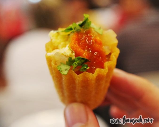 Kueh Pie Tee (4 for S$2) at Red Lips Kueh Pie Tee
