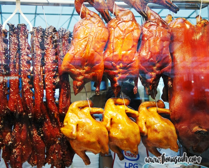 The two famous meat from this booth are: Suckling Pig (S$188 whole/ S$100 half/ S$12 small), Roasted Duck (S$40 whole/ S$20 half/ S$8 small)