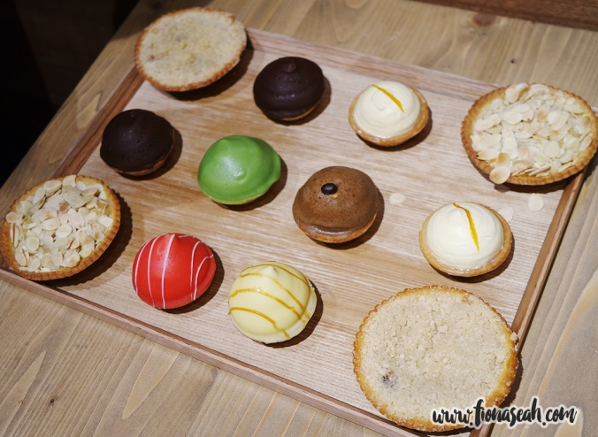 Sweet Pies (S$3.30 each): Mini Coffee Mousse Pie, Mini Butterscotch Pie, Mini Green Tea with Red Bean Pie, Mini Raspberry Pie, Mini Chocolate Pie, Mini Lemon Pie, Almond Frangipane Pie, Apple Crumble Pie