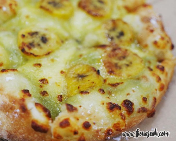 Domino's Banana Kaya Dessert