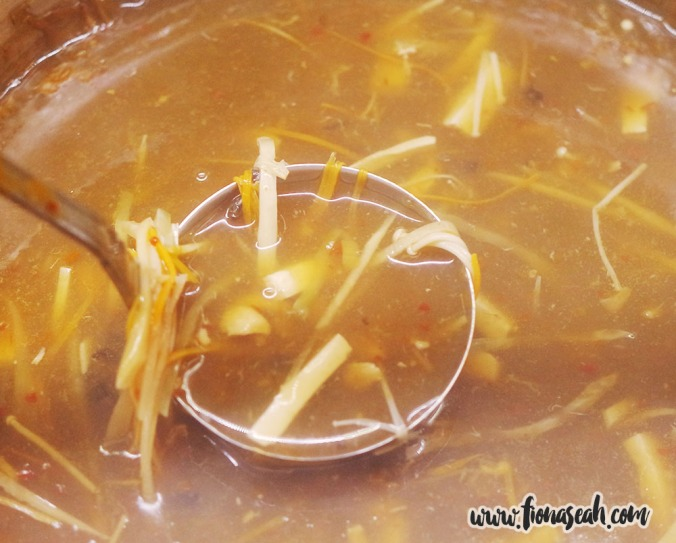 Hot and Sour Crabmeat Soup