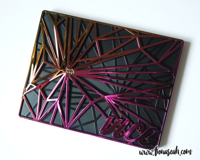 Urban Decay Vice 4 Eyeshadow Palette (case)