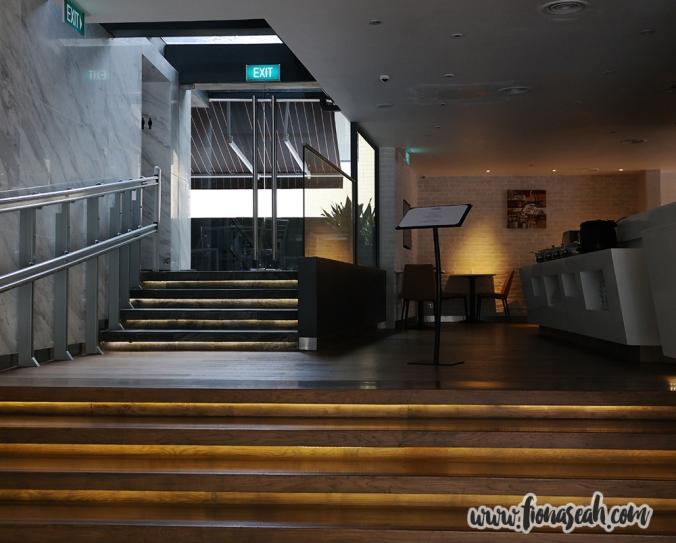 Aqueen Hotel lobby