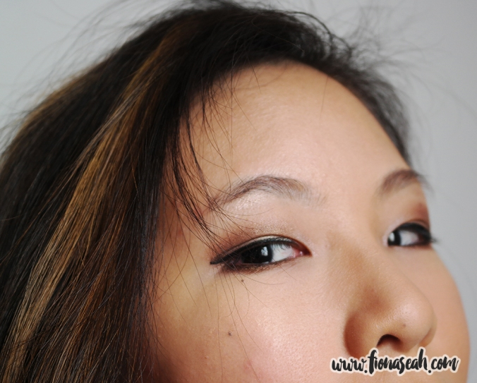 My natural brows, unfilled. I have rather sparse brows as they were once wrecked by an inexperienced beautician when I was in Chengdu. It took me nearly three years to regain some hair on both ends of my brows.