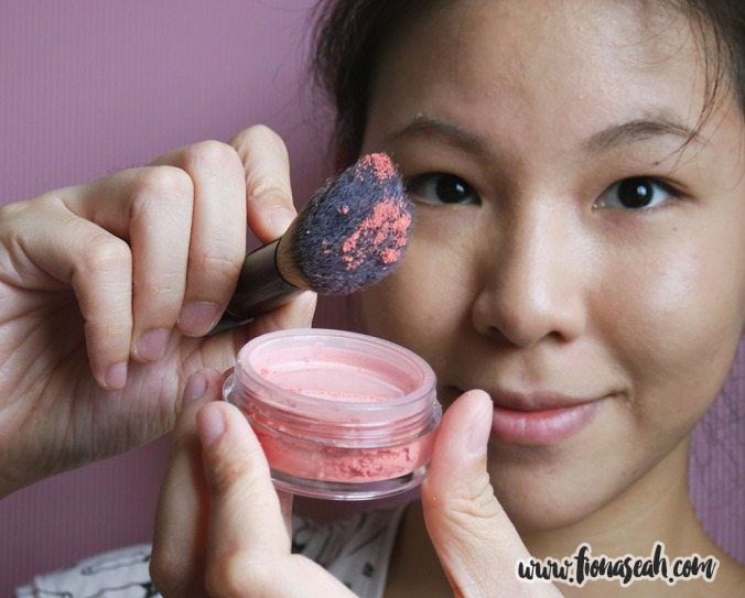 Bellápierre Mineral Blush in Desert Rose - using Angled Blush Brush no. 36