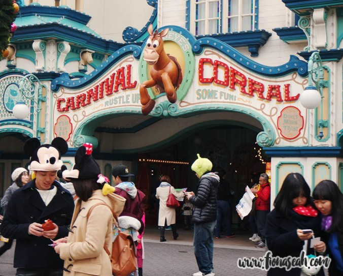 More games at the Carnival Corral (within the Toy Story Mania!) which didn't have any queue..