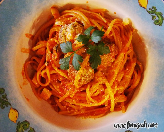 Linguine Pomodoro with Italian Meatballs, ¥1,260
