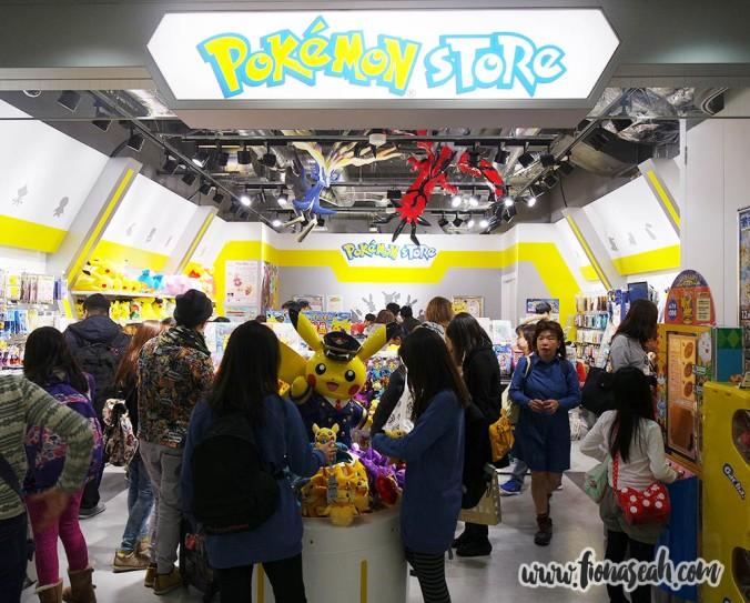 Just when I thought I could leave Tokyo without having to dig deep into my pockets again on my final day, lo and behold, another Pokémon store in the airport! ARGHHHHH STOP TAKING MY MONEY!