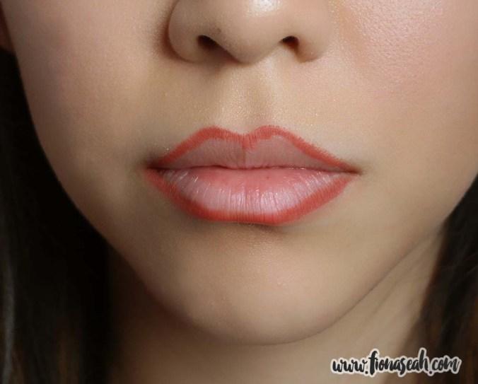 Kylie Cosmetics 22 Matte Lip Kit - Lip Liner