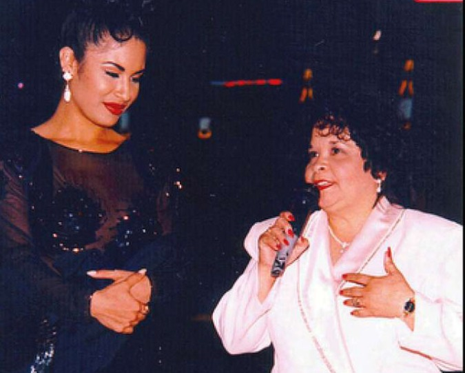 Selena and her fan club president, Yolanda Saldívar