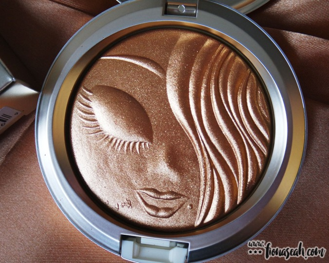 M.A.C X Mariah Carey Extra Dimension Skinfinish in My Mimi