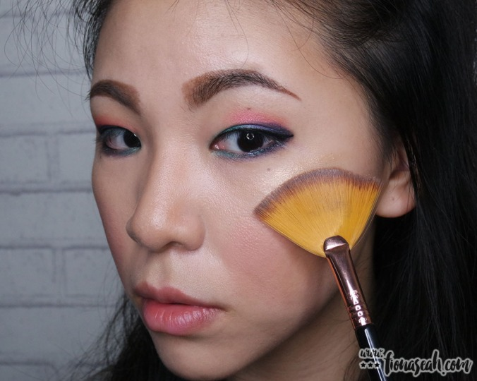 M·A·C Extra Dimension Skinfinish in Whisper of Gilt - with my Sigma F41 Fan Brush
