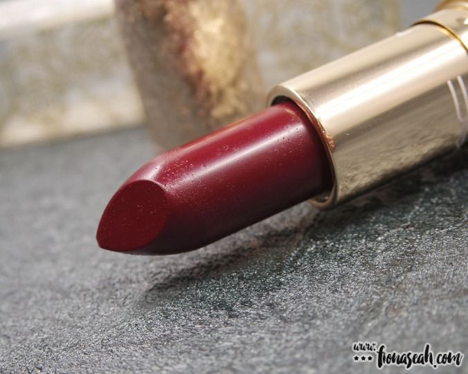 M·A·C Snow Ball lipstick in Elle Bell (US$17.50 / S$33)