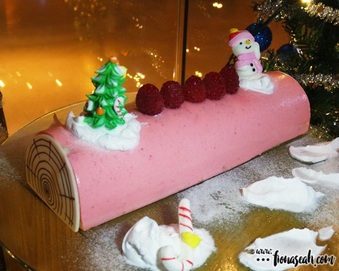 Pink Champagne Lychee Yule Log Cake (1 kg, S$52+) - this is alcoholic