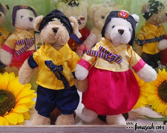 Teddy bears in hanbok (traditional Korean costume)