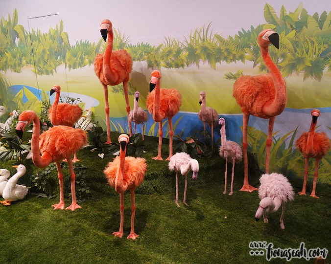Why go to the bird park when you can see stuffed flamingoes at Teseum? /s