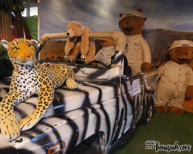Finds at the safari