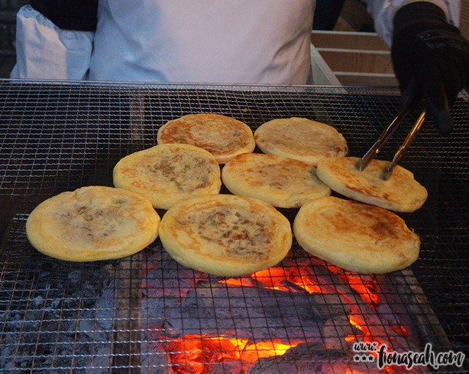 Let your nose take you to where these red bean pancakes are sold..