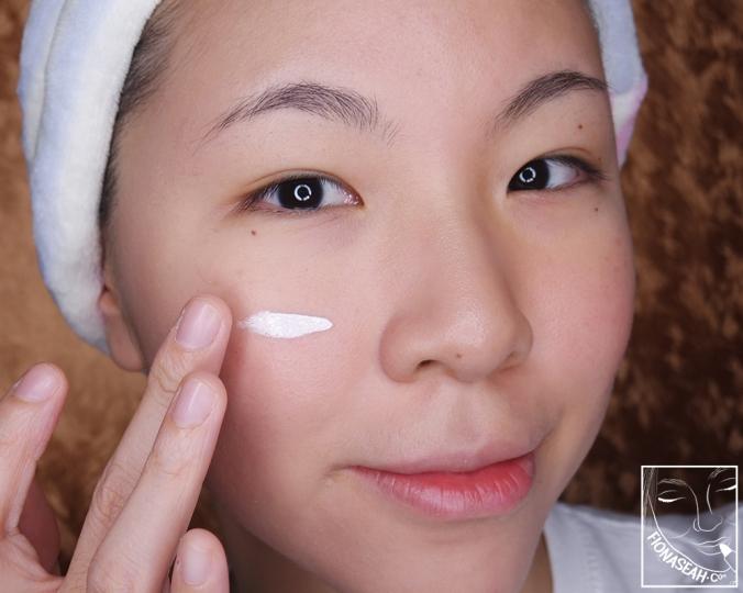 Erborian CC Crème - on the face