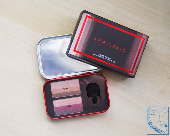 APRILSKIN Perfect Magic Dual Eyeshadow in Pure & Chic (product with plastic film)