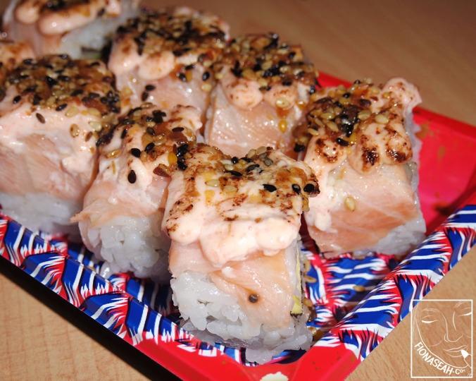 Salmon Aburi Maki