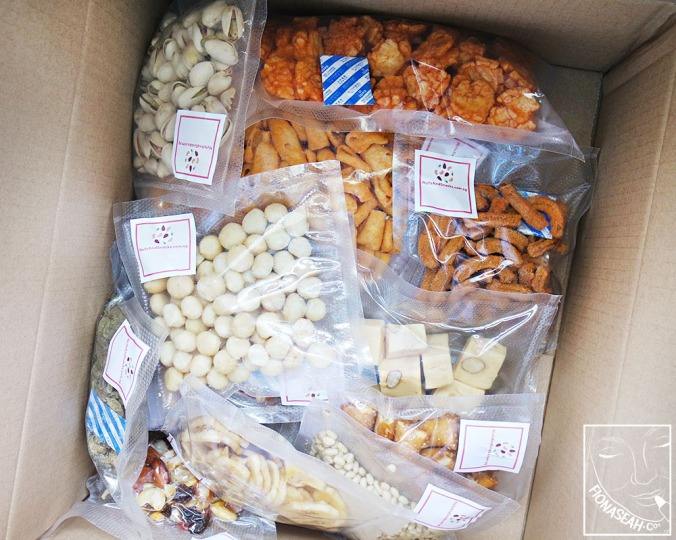 Nuts and Snacks Gift Box!